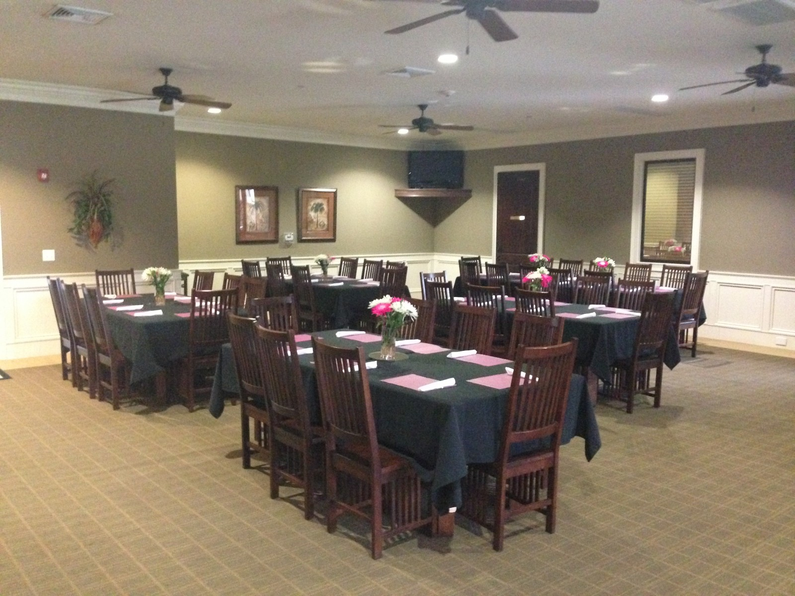 Crow Creek Restaurant Facility